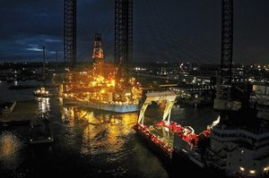 015_small-size_Rig-move_Giant_Port-Esbjerg_sep19_CHO.JPG