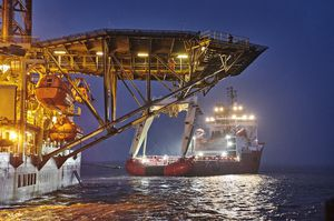 004_small-size_Rig-move_Giant_Port-Esbjerg_sep19_CHO.JPG