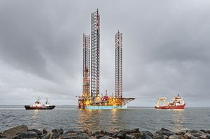 010_small-size_Rig-move_Giant_Port-Esbjerg_sep19_CHO.JPG